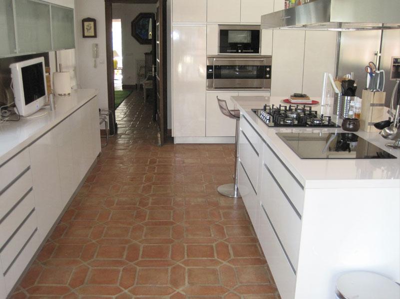 Proyectos r sticos lobillo - Como limpiar suelos de barro ...