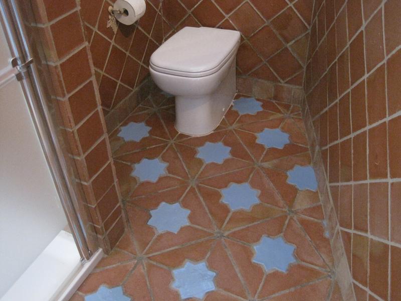 Baldosas Baño Rustico:estas baldosas de terracota de estrellas puesto en un cuarto de baño
